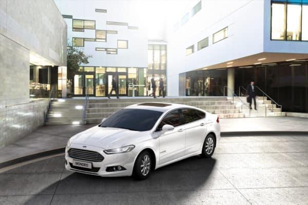 Véhicule Ford Mondéo Hybride